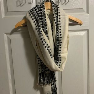 American Eagle Lightweight Scarf - White / Black